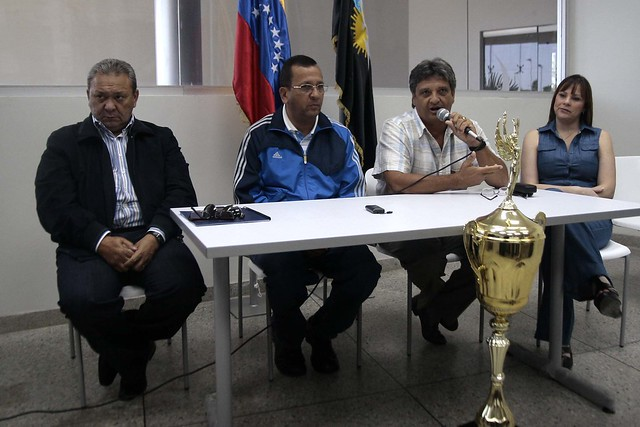 Apoyo al equipo de ciclismo Gobernación del Zulia