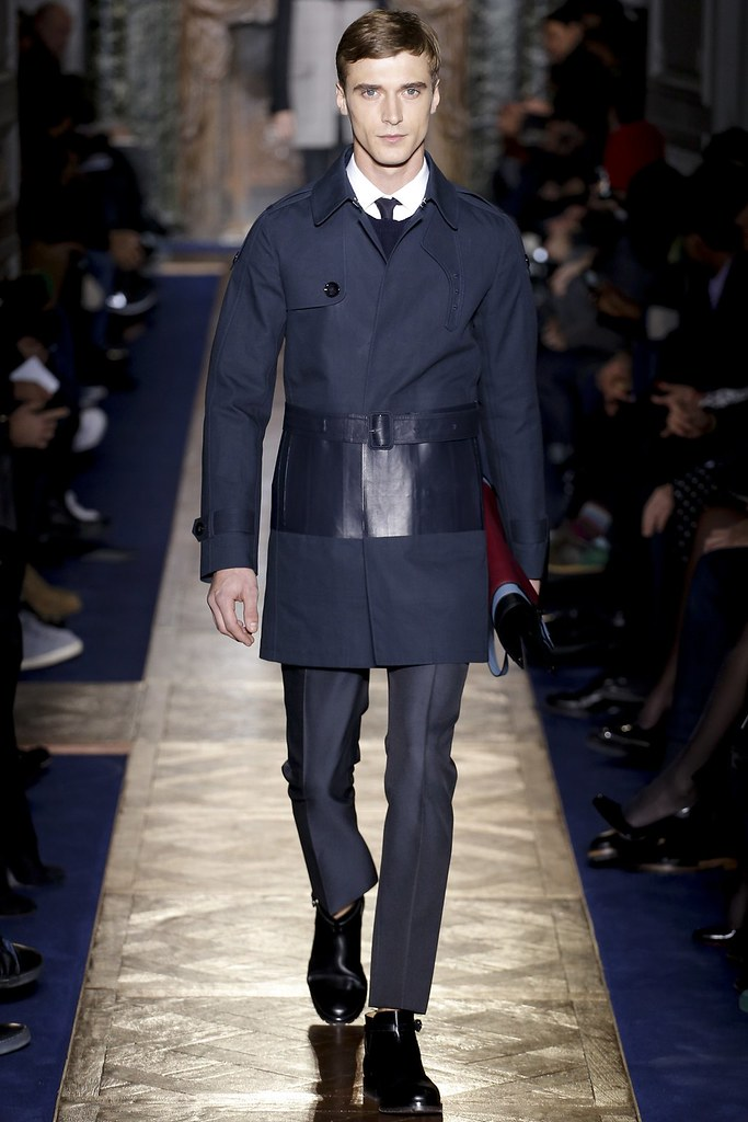FW13 Paris Valentino018_Clement Chabernaud(VOGUE)
