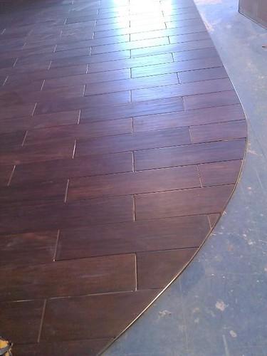 Commercial porcelain planking tile