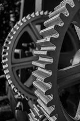 gear, white, monochrome photography, monochrome, black-and-white, black,