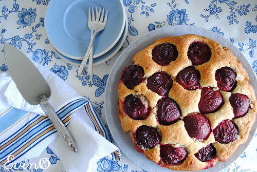 Jeni Pim's Plum Cake