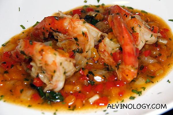 Sauteed de-shell prawns with capsicum and fresh herbs