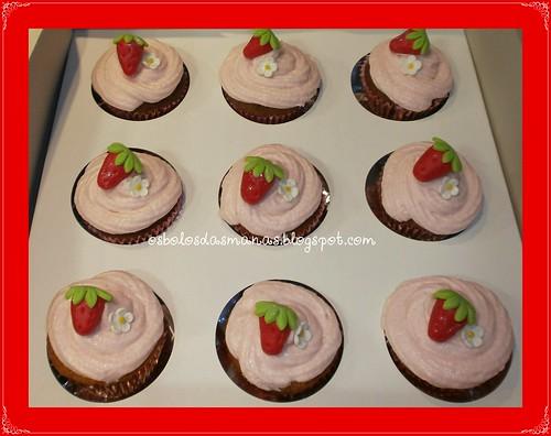 Cupcakes Moranguinho by Osbolosdasmanas