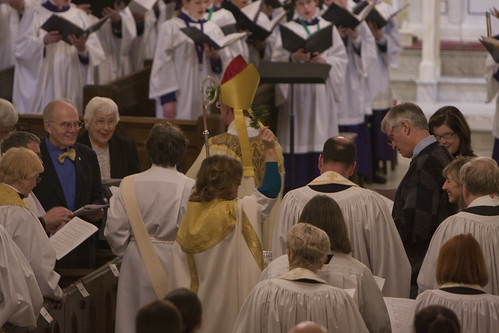 """<p>As a reminder of our baptismal vows, the congregation was blessed with asperges.<br /> (Photos by Michelle Dunlap <a href=""""http://shellshots.smugmug.com/"""" rel=""""nofollow"""">shellshots.smugmug.com/</a>)</p>"""