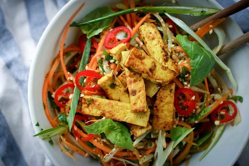 """Noodle"" salad with lemongrass dressing"