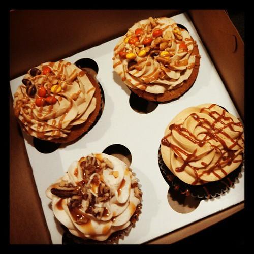 Yum! #QueenCity #Cupcakes #manchvegas #sodelicious #dessert