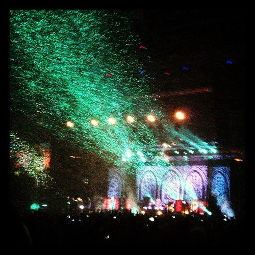 Green and white confetti flying at the Garden! #stpatricksday #dropkickmurphys #boston