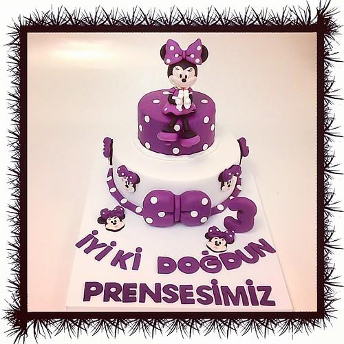 Haftanın Minnie Mouse'u #minniemouse #minniemousecake #burcinbirdane