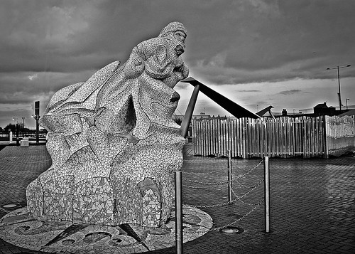 Cardiff Bay Statue bw by birbee