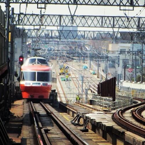 昨日の状態。世田谷代田駅から梅ヶ丘方面を望む。