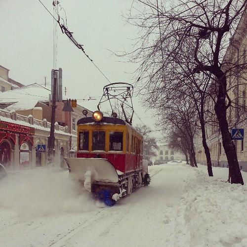 Снегоуборочный трамвай.