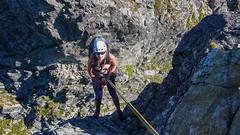 Agnieszka zjeżdża 43m na linie ze szczytu Zadniego Mnicha