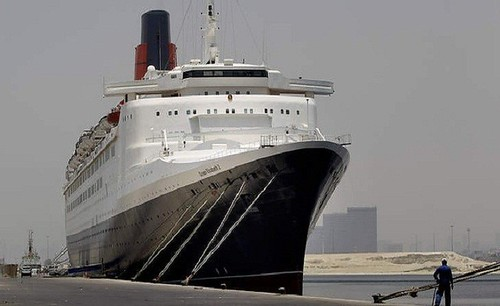 Dubai's QE2 to float as luxury hotel in Asia