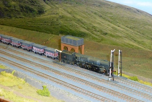 """Batty Moor"" Twickenham and District MRC N gauge 2mm scale layout"