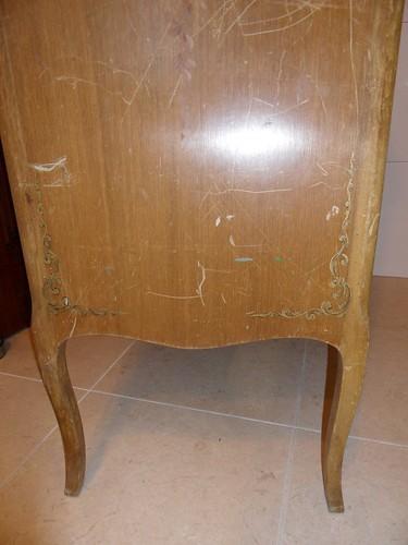 detalle patas mueble auxiliar