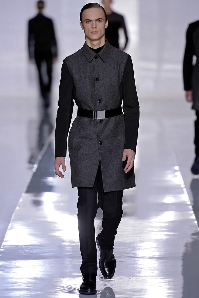 FW13 Paris Dior Homme024_Louis Steyaert(GQ.com)