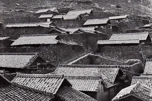 愛知県南宇和の外泊の瓦屋根