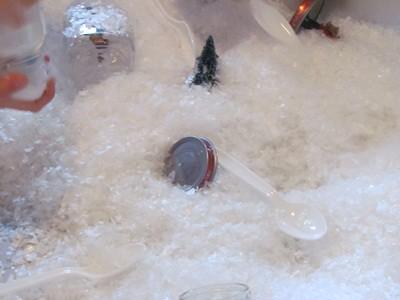 Snow Globe Sensory Play in Preschool (Photo from Teach Preschool)