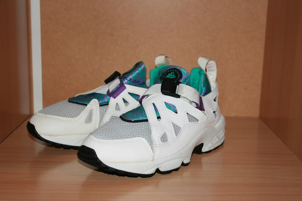 how to clean nike huarache white