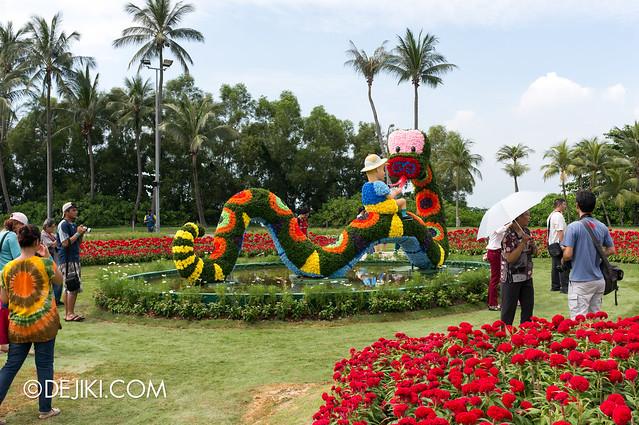 Sentosa Flowers 2013 - Rainbow Snake