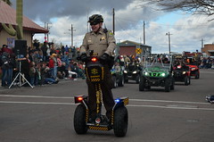 motorcycle(0.0), motorcycling(0.0), stunt performer(0.0), stunt(0.0), automobile(1.0), racing(1.0), vehicle(1.0), segway(1.0), race(1.0),