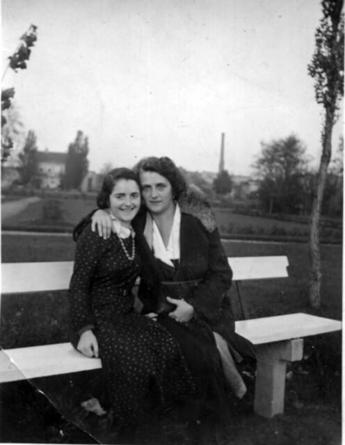 Фото 54    Лилли Гер. и Лиза в 27 году