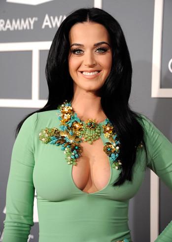 Katy Perry. Premios Grammy, versión 55, febrero 10 de 2013, Staples Center, Los Angeles, California, Estados Unidos. Foto cortesía Canal TNT.
