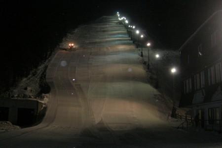 SNOW tour: Bouřňák a výborné večerní lyžování