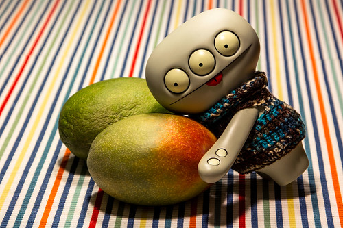 Uglyworld #1840 - Mmmmm Is For Mangos - (Project Cinko Time - Image 48-365) by www.bazpics.com