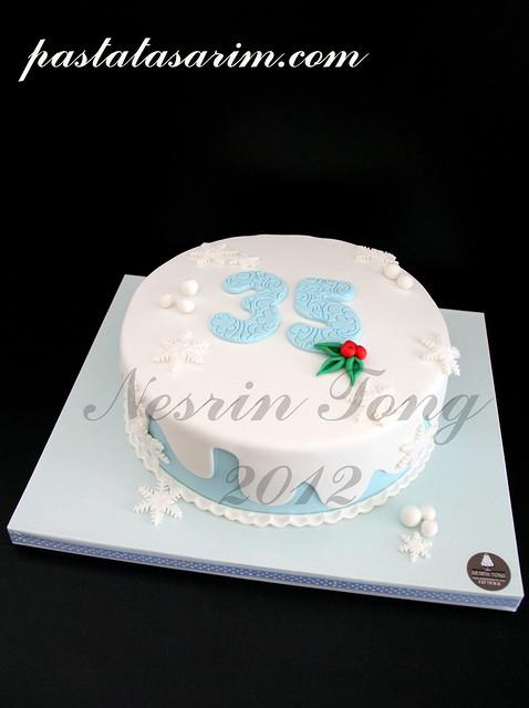 35.yıldönümü pastası