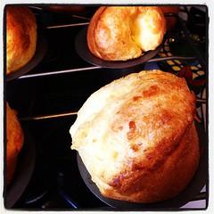 breakfast, baking, bread, popover, baked goods, produce, food, dish, dessert, cuisine, brioche,