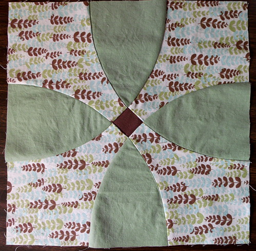 Flowering Snowball quilt block