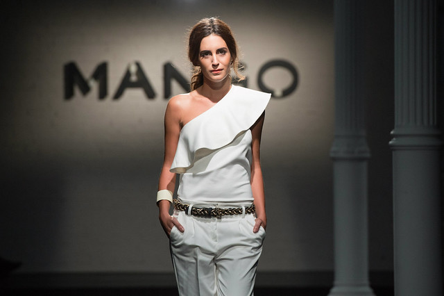 Gala Gonzalez's runway for Mango – Moscow