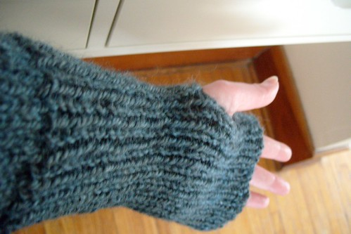 mittens or sleeves? both.