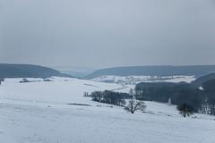 Balade dans la neige - Vue sur la vallée près de Gorze