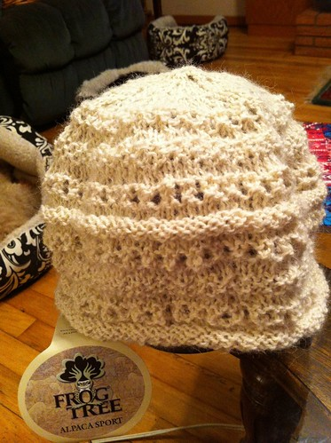 White Hat for youngest niece done! by BlueDragon2