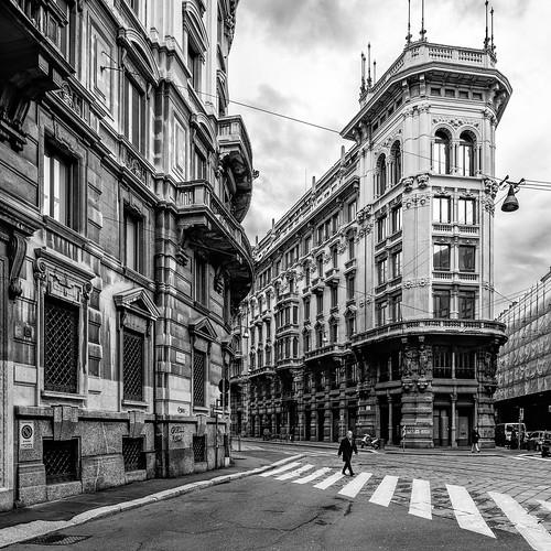 """Corso Italia, Milano dal libro """"La vita operosa - Avventure del '19 a Milano"""" di Massimo Bontempelli"""