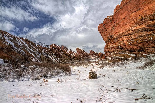 winter usa iso100 colorado tripod morrison polarizer f11 17mm jeffersonco elements6 topazdetail tamronsp1750vc28 hdri3exp2ev canont4i photomatix424 redrocksampitheatrepark