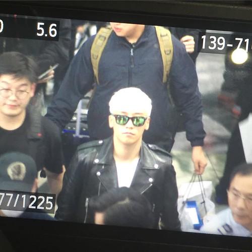 BIGBANG departure Macao to Seoul 2015-10-26 g.aho (2)