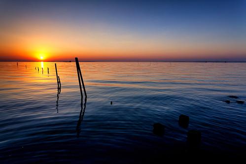 blue light sunset lake nature water japan canon landscape eos wave 日本 夕日 ibaraki 茨城県 日の入り canonef1740f4lusm 霞ヶ浦 namegata 行方市 5dmarkii chibitomu
