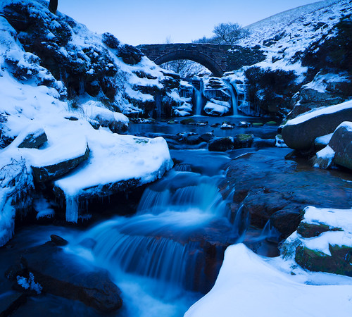 uk longexposure blue winter england snow ice weather river landscape waterfall cheshire britain derbyshire peakdistrict great british dane staffordshire predawn icey canon5diii