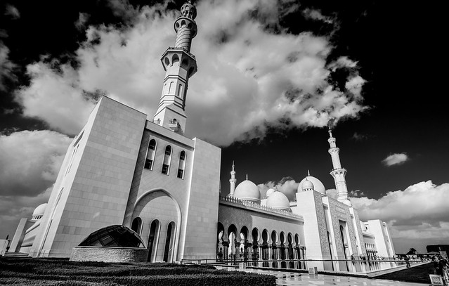 La espectacular Mezquita Sheikh Zayed en Abu Dabi 8414181108_3638fa629e_z