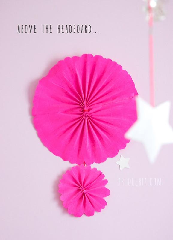 sulla testata del letto - decorazione camera artoleria.com