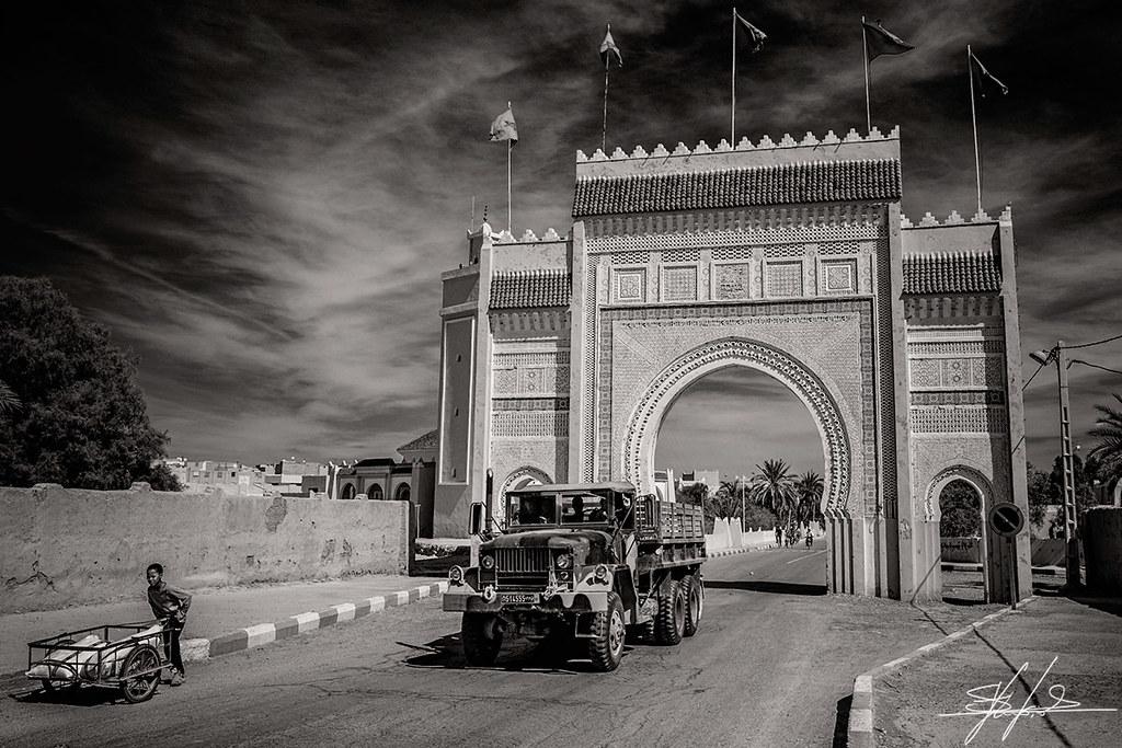 La Logistique des FAR / Moroccan Army Logistics - Page 11 8459087060_30311cb2e4_b