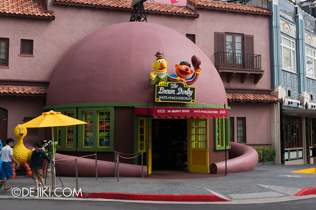 Brown Derby shop - long shot