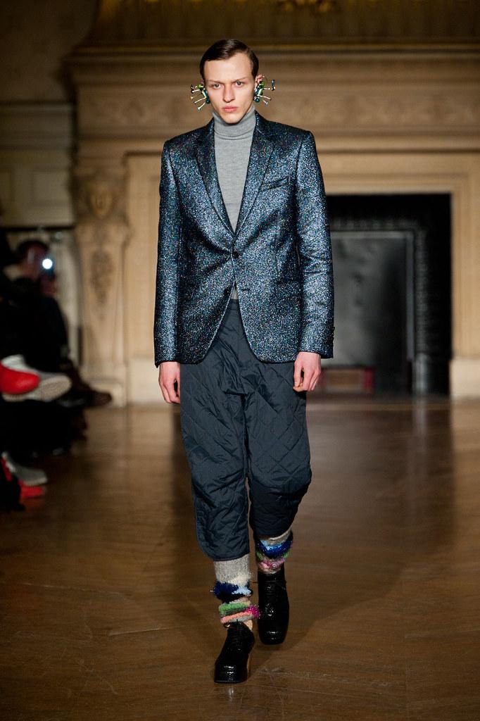 Alex Maklakov3076_FW13 Paris Walter Van Beirendonck(fashionising.com)