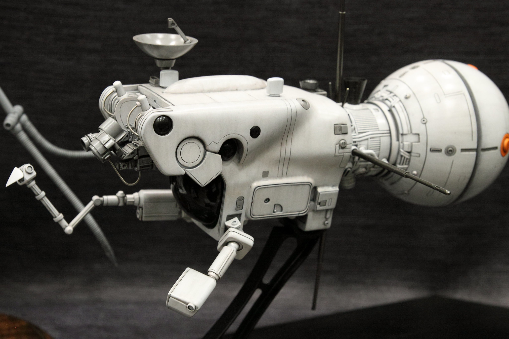 M-door 宇宙探査艇