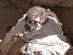 Foto de una momia del Cementerio de Chauchilla (Perú)