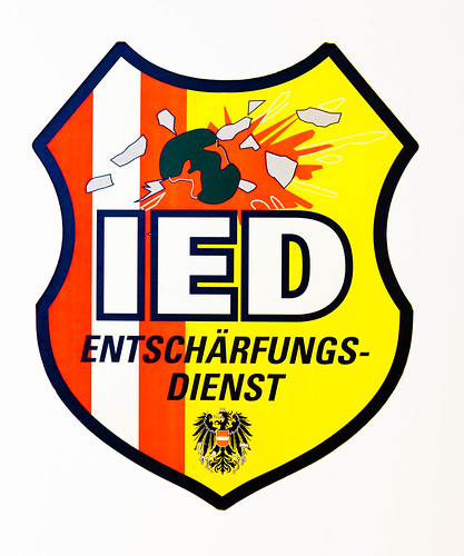 Entschärfung; copyright 2013: Georg Berg