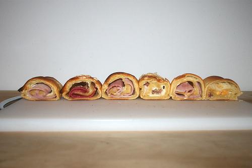 16 - Gefüllte Croissants / Stuffed croissants - Querschnitt